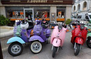 moto toute couleur
