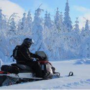 Conseils pour bien préparer votre aventure en motoneige au Canada