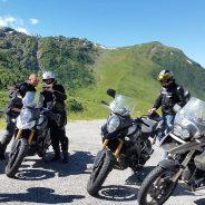Les Alpes françaises et italiennes au guidon d'une moto