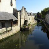 Découvrir l'histoire de Bayeux à travers ses monuments