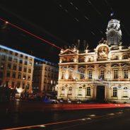Sites incontournables à Lyon : tout découvrir en une journée grâce à la trottinette électrique